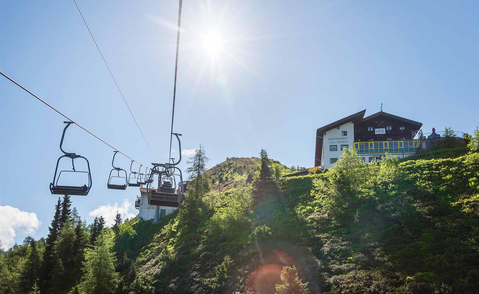 Doppelsesselbahn aufs Kellerjoch in Tirol